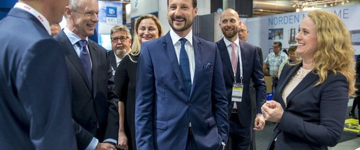 We are looking forward to seeing you at Nor-Shipping 2019. And perhaps we also meet the Norwegian Crown Prince Haakon? He visited the exhibition 2019. Photo: Nor-Shipping