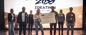 Lerøy has chosen to invite this team to a closer study and look into the possibilities of using self-produced seaweed as a component in packaging.