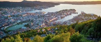 The finance cluster in Bergen is growing. In 2015, 5,870 employees worked in financial services in the Bergen region. From 2015 to 2020, this number has increased by 20% to 7067 employees in 157 companies. Photo: Sverre Hjørnevik, Fjord Norge.